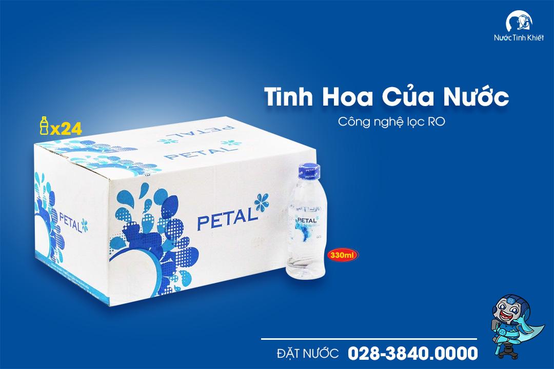 nuoc-tinh-khiet-Petal-chai-330ml